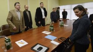 Victoria Nuland instruye a sus súbditos del gobierno ucraniano